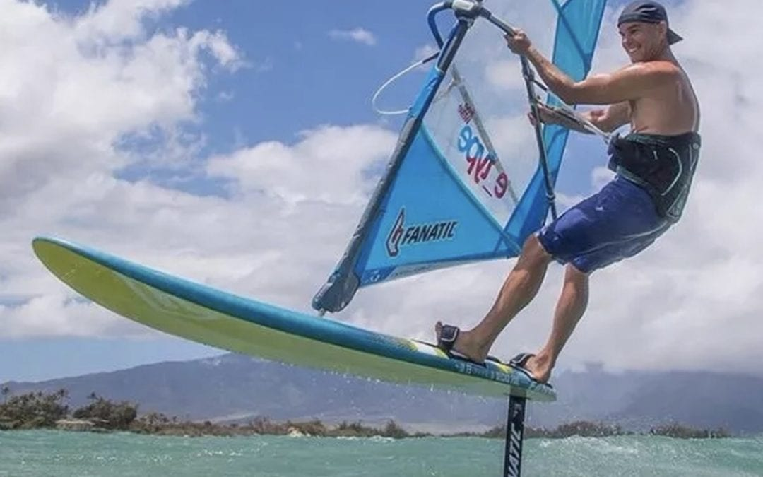 Windsurf Foil Hommter Turismo Deportivo. Actividades, Viajes y Alojamientos