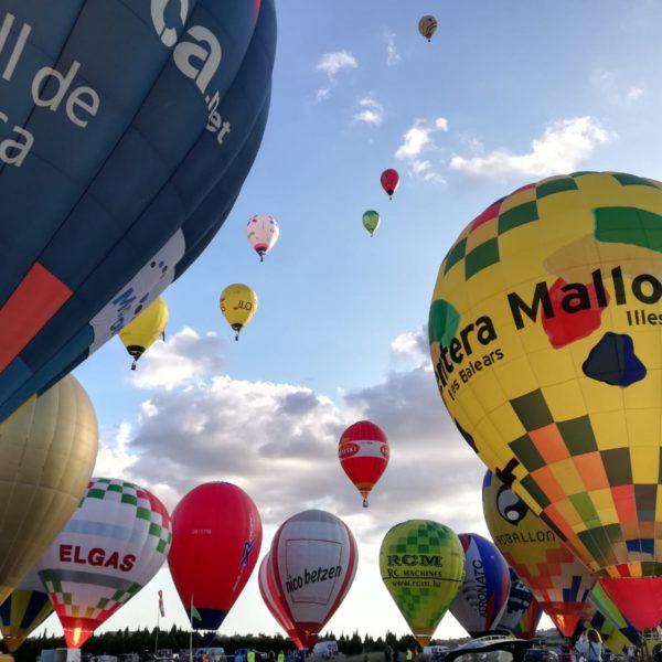 Vuelo en globo en Mallorca para pequeñas familias