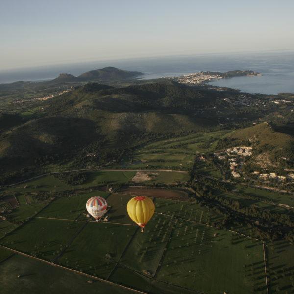 Vuelo en globo al atardecer, Mallorca, España
