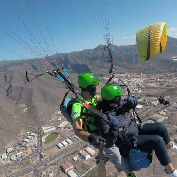 Vuelo básico parapente en Taucho 800m, Tenerife, España