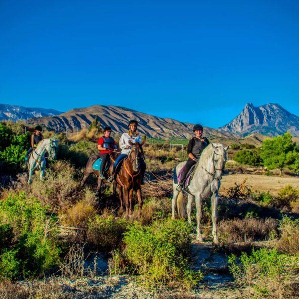 Excursión a caballo en Villajoyosa, Alicante, España