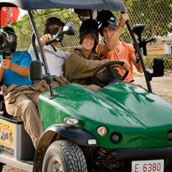 Ruta en coche ecológico en zona lago la Pedrera