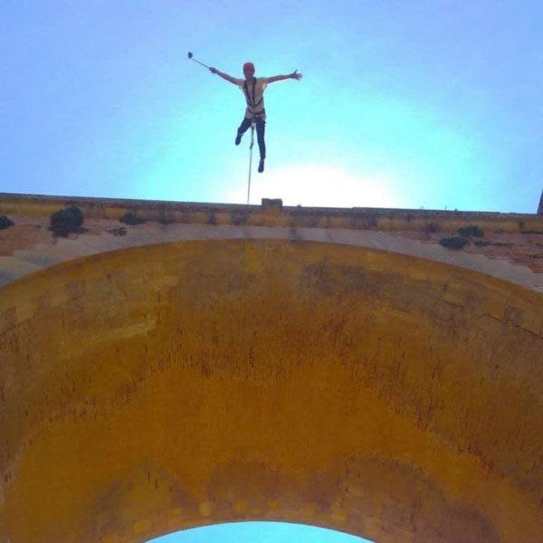 Puenting en Puente de La Ventilla, Ronda, Málaga, España