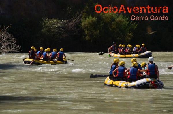 Rafting dificultad baja de 9 personas o más en Río Genil, Cuevas Bajas, España