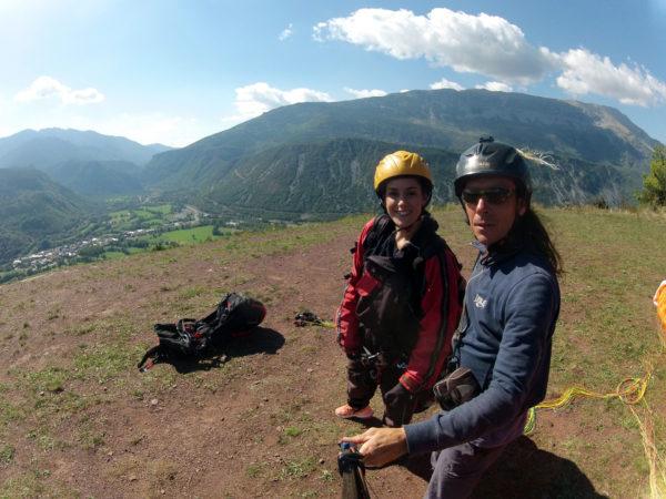 Parapente biplaza desde valle en Huesca, España