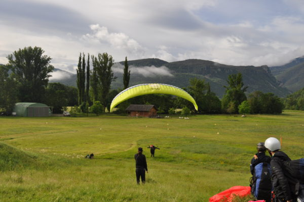 Curso parapente 5 días en Huesca, España