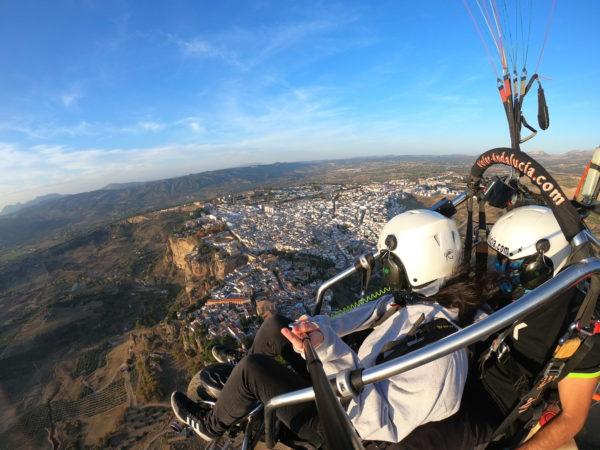 Vuelo 30 min en paramotor en Ronda, Málaga, España