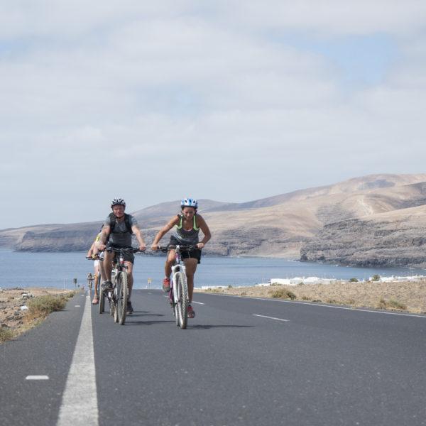 Tour Costero -Tú eliges la bici- en Lanzarote, Las Palmas, España