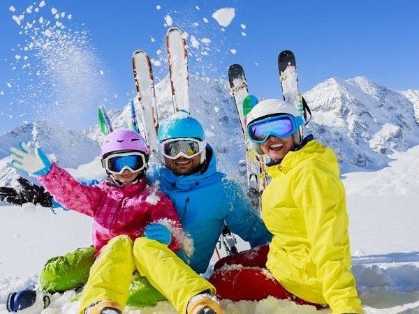 Clases esquí familia día entero Valle de Arán, Lérida, España