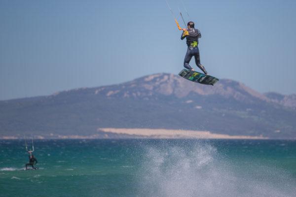 Curso de kitesurf privado 2 horas en Tarifa