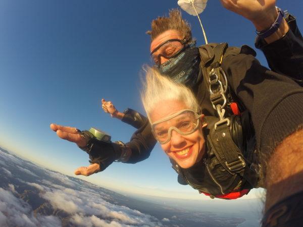 Salto en caída libre en Gran Canaria, España
