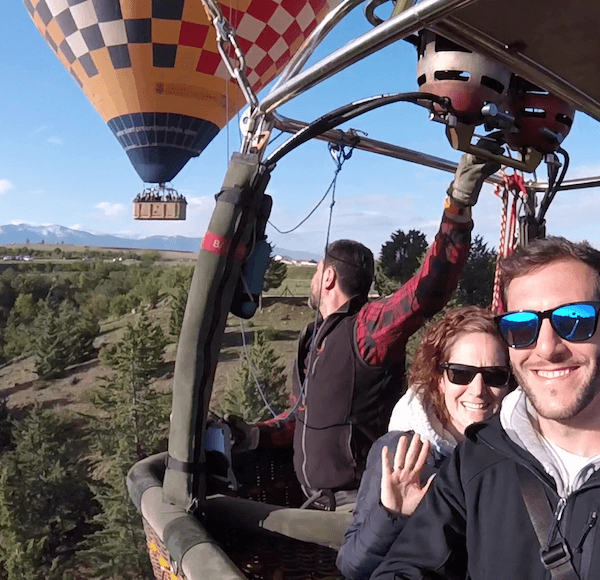 Especial Parejas Segovia - Noche hotel para dos + Vuelo en globo sobre Segovia
