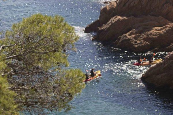 Excursión kayak y snorkel Ruta de les Coves, Girona, Cataluña