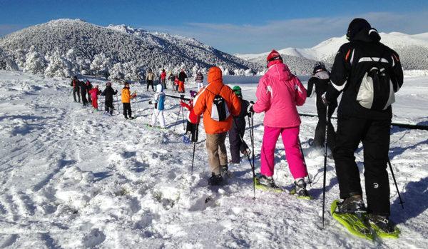 Raquetas de nieve con niños en Madrid, España