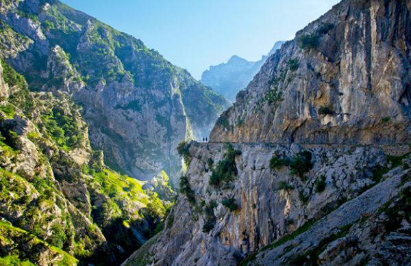 Montañismo en Montes Picos de Europa, Cordillera Cantábrica